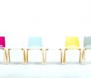 Renkli Minimalist Sandalye Modelleri