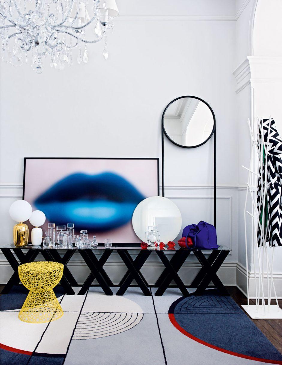Pop Art Dekorasyon Stili: Neon Renkler Güçlü Siyah ve Şık Çizgiler