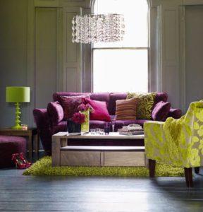 mor yeşil salon dekorasyonu