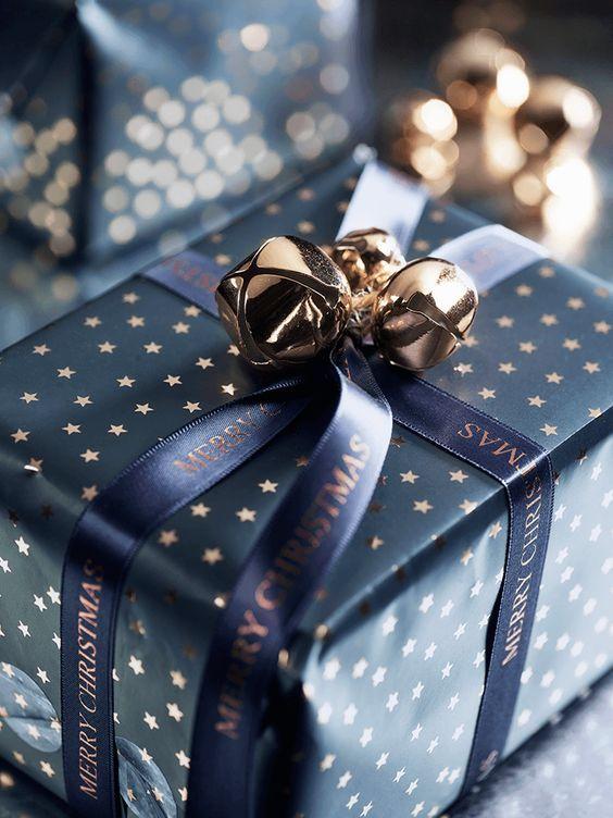 şık yılbaşı hediye paketi süsleme fikirleri