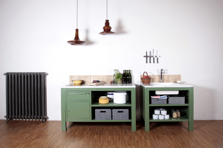 Renkli Modüler Metal Mutfak Dolapları: Very Simple Kitchen