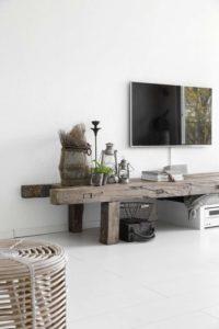 evde ağaçtan tv ünitesi yapımı