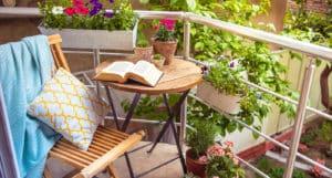 küçük balkon mobilyaları