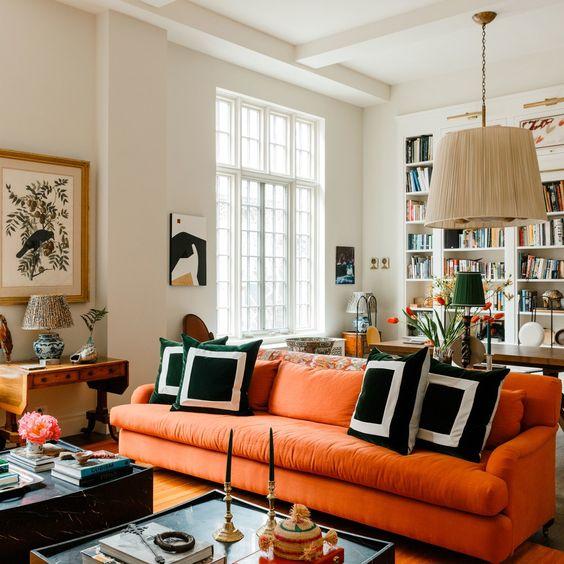eklektik turuncu koltuk dekoraysonu