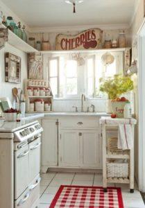 küçük country mutfak dekorasyonu