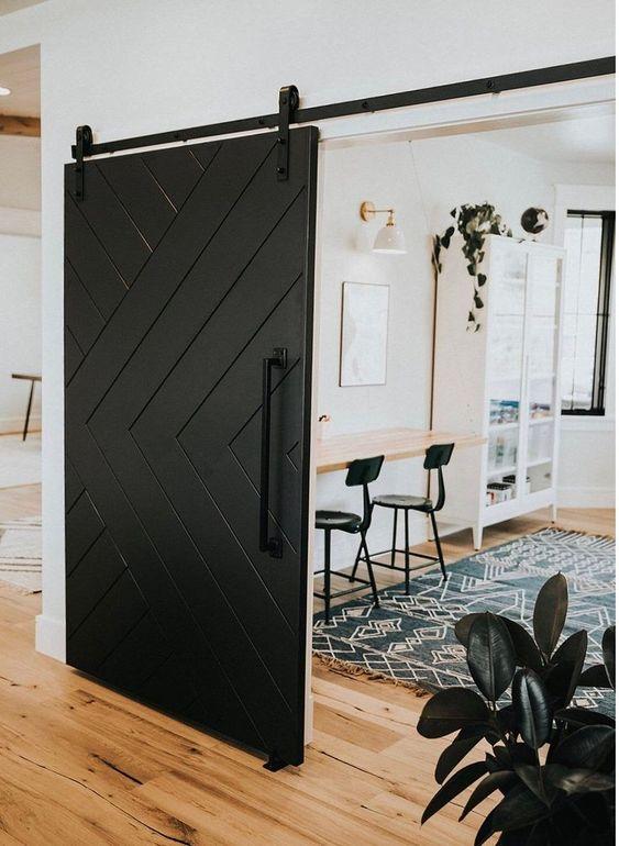 ahşap sürgülü ahır kapı siyah
