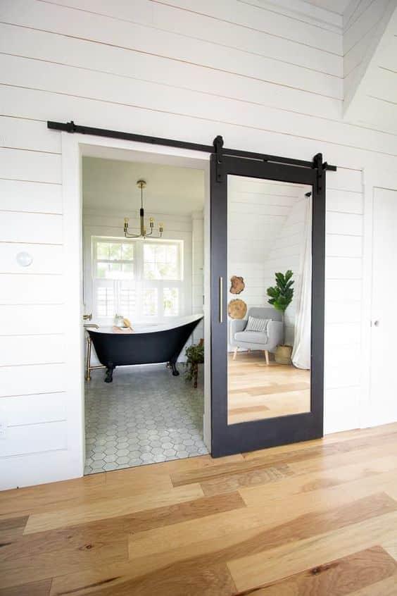 ahşap aynalı sürgülü kapı siyah