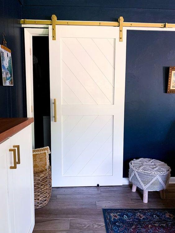 beyaz sürgülü kapı modelleri
